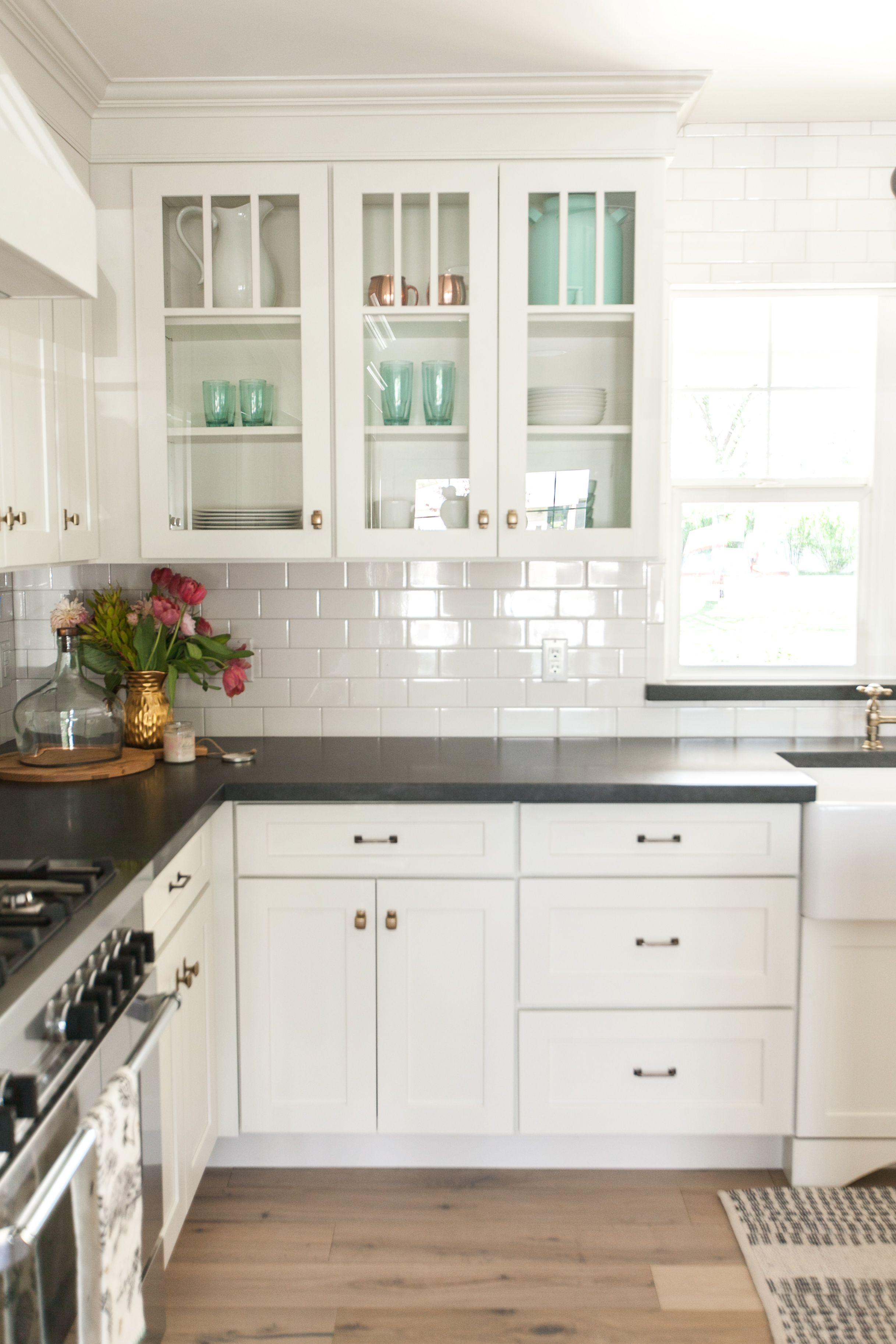 14 unique antique white cabinets with dark hardwood floors