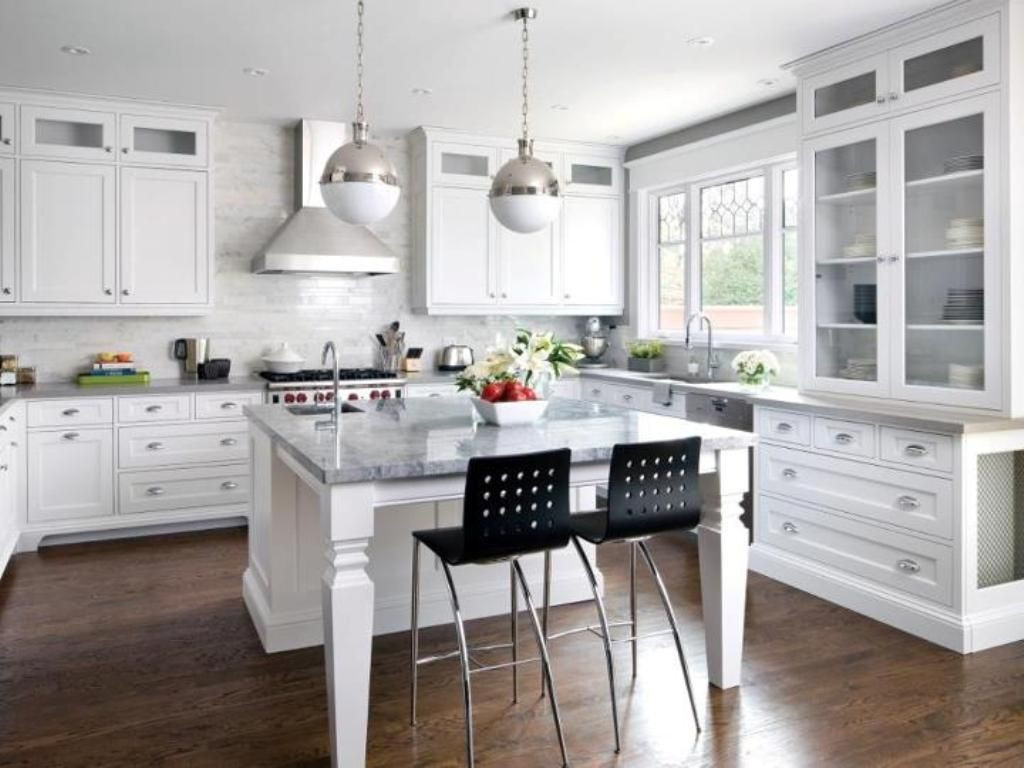antique white cabinets with dark hardwood floors of white shaker kitchen cabinets dark wood floors kitchen idea with regard to white shaker kitchen cabinets dark wood floors kitchen idea