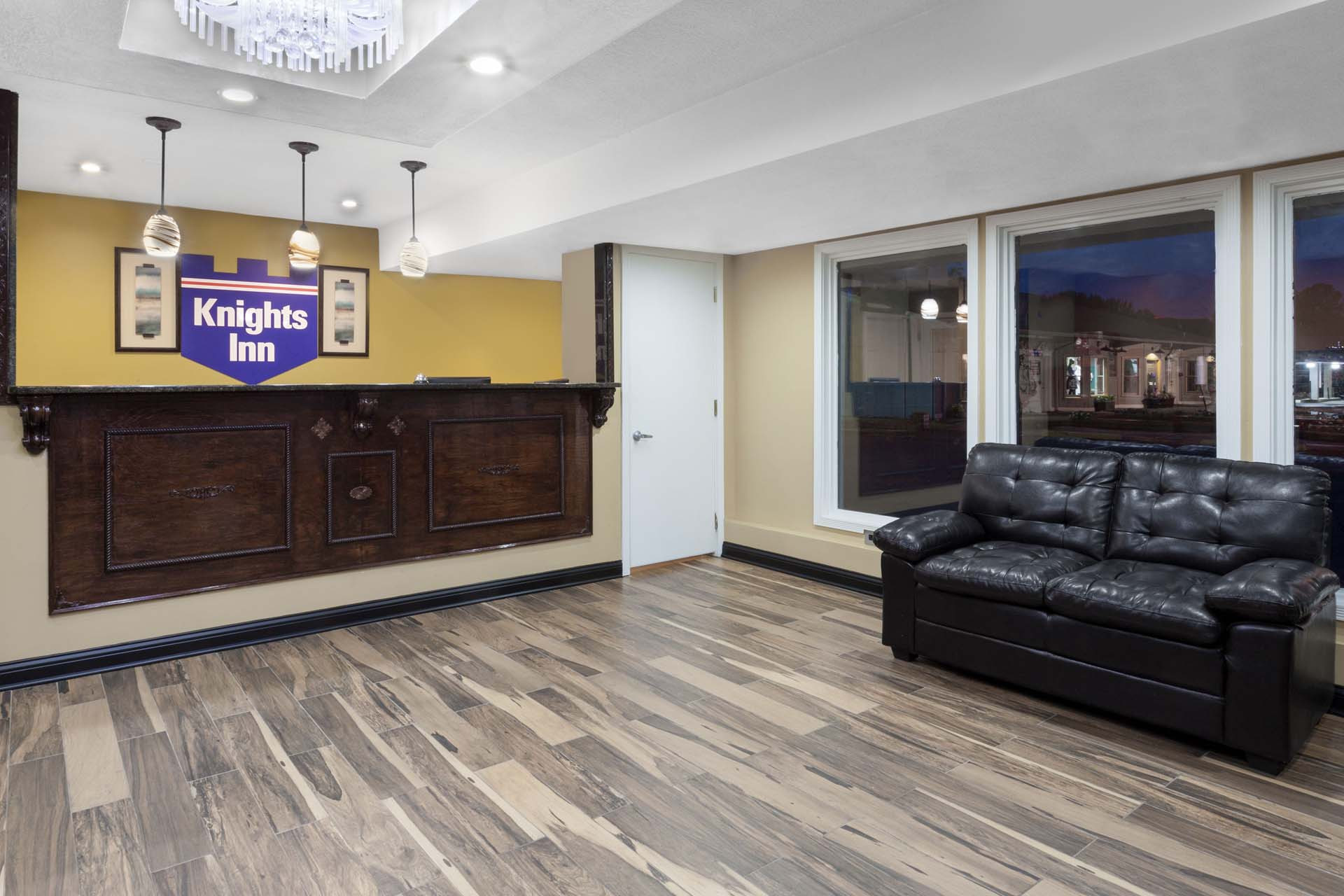 authentic hardwood flooring albany ny of hotels in jackson tn knights inn jackson tn jackson tn pertaining to lobby view