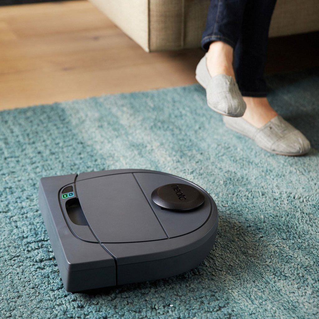best roomba for pets and hardwood floors of neato botvac d3 connected vs neato botvac d5 connected comparison with neato botvac d3 connected vs neato botvac d5 connected vacuum fanatics reviews and comparisons