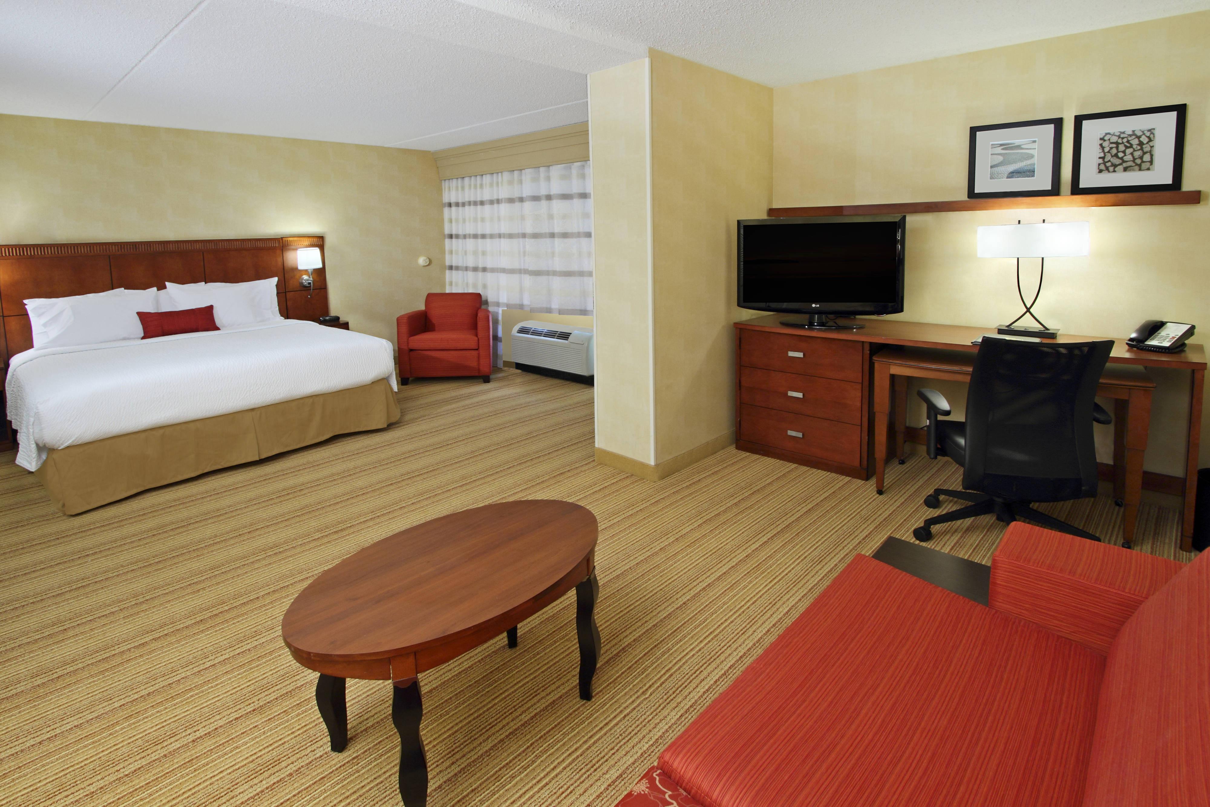 boardwalk hardwood floors st louis of courtyard rockaway mt arlington rockaway nj hotels in mt arlington within king suite