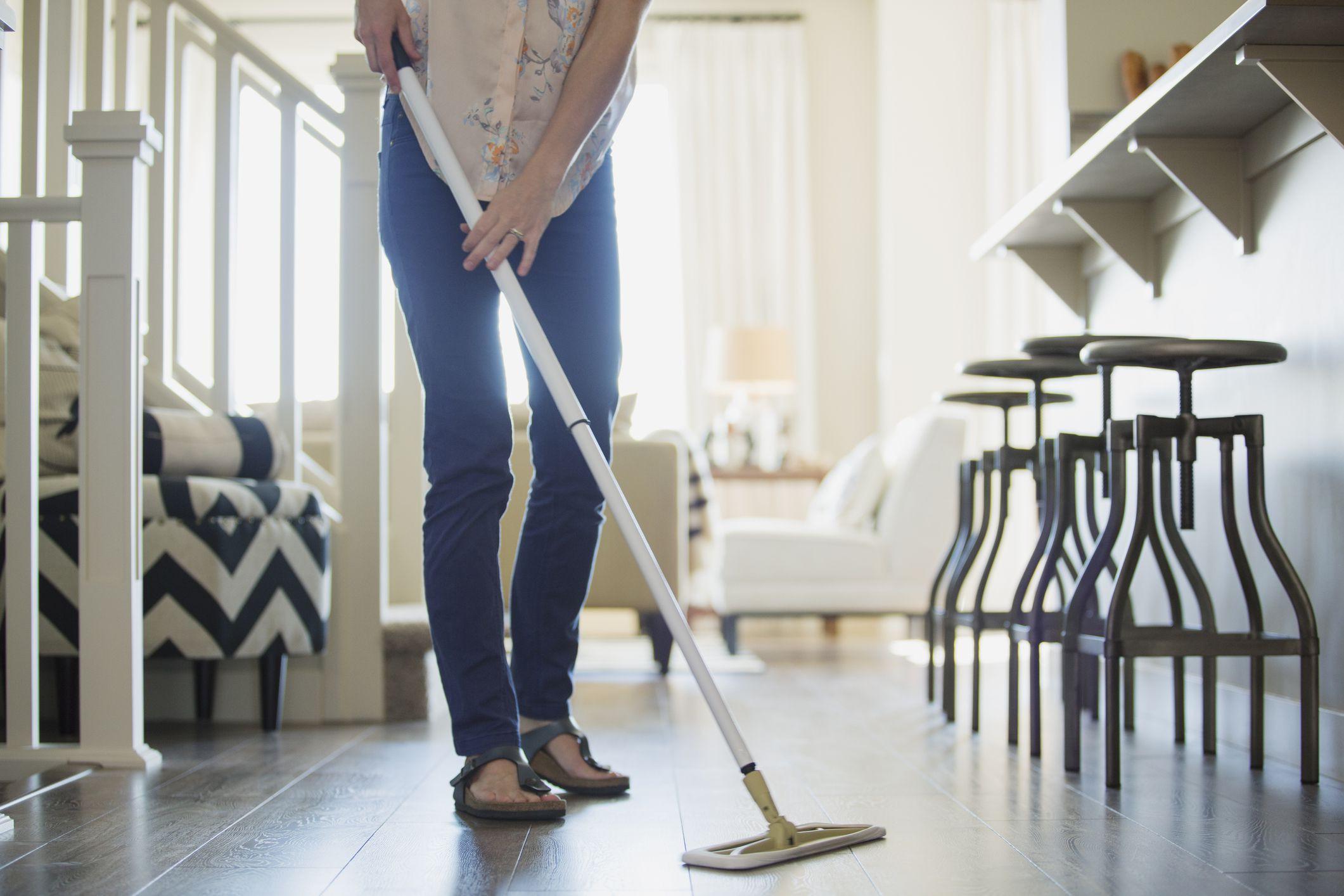 bona hardwood floor cleaning pads of the 8 best flat mops to buy in 2018 regarding flat mop 607041561 58ea83b95f9b58ef7e0e5d44