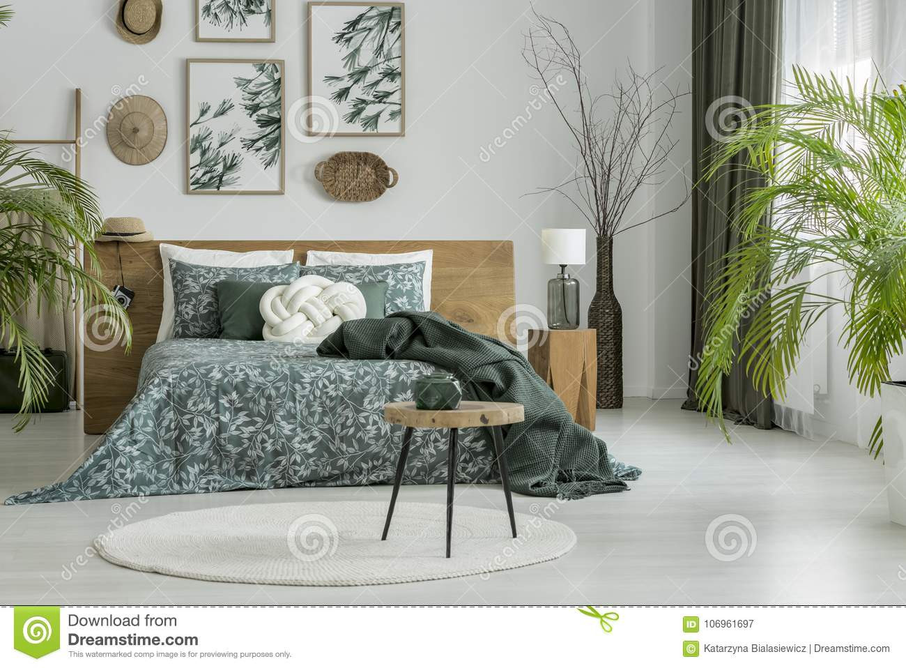 carpet or hardwood floors in living room of round carpet in green bedroom stock image image of design poster in round carpet in green bedroom