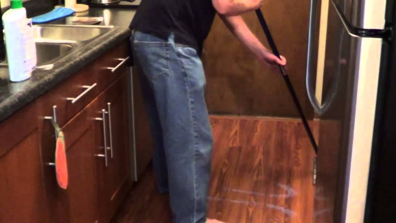 cleaning hardwood floors with vinegar of laminate floor polish how to shine laminate floors cleaning tips within clean laminate flooring wood flooring floor cleaning kitchen cleaning cleaning solutions cleaning tips household cleaners clean house