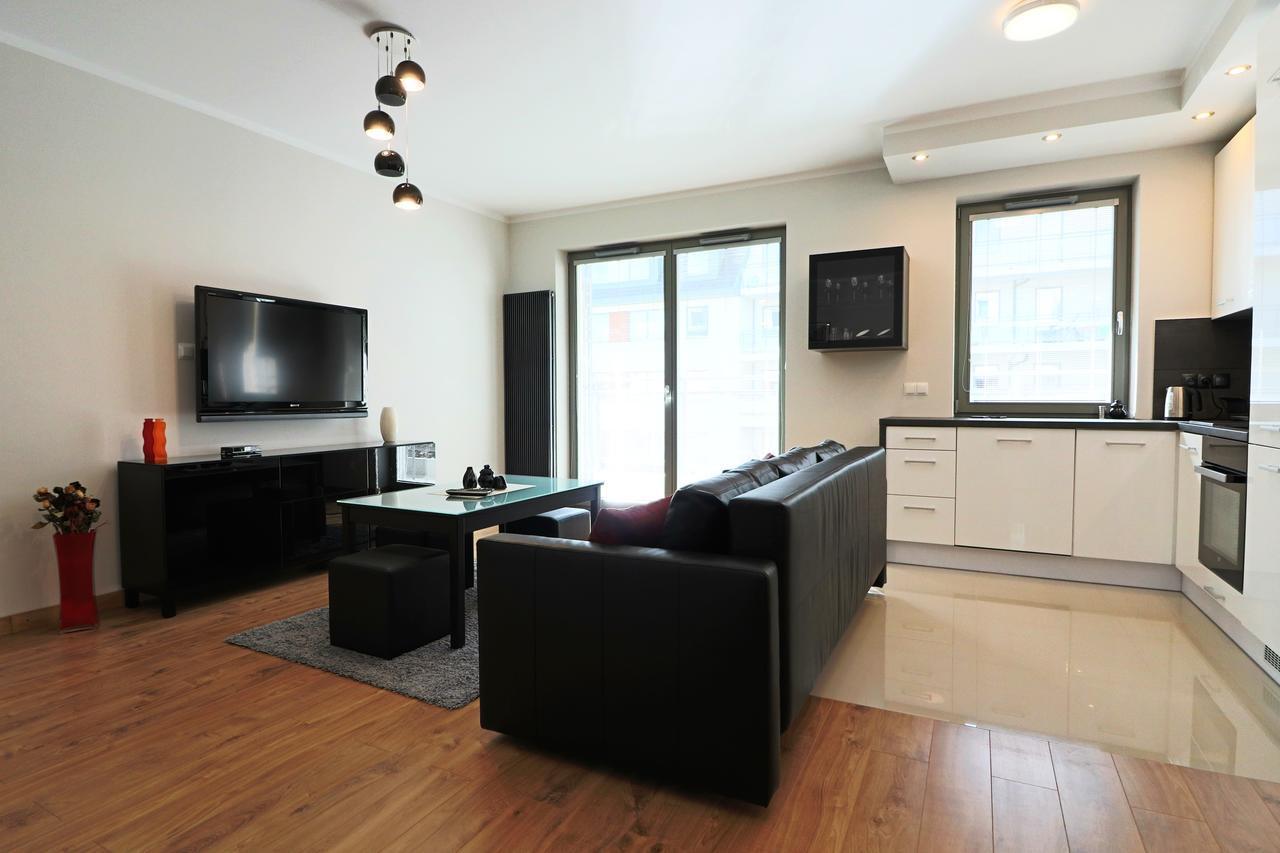 dansk hardwood flooring reviews of apartament ogrody hallera wroca'aw poland booking com inside 95987734