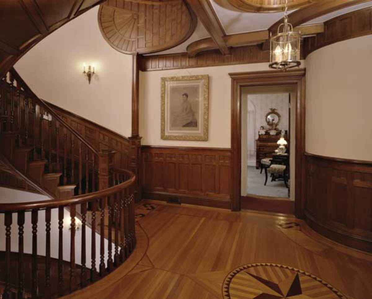 different color hardwood floors in adjoining rooms of cutting kerfs learn to curve boards restoration design for the for when old house woodword meanders around curves like the crown molding chair rail