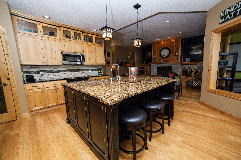 discount hardwood flooring mn of 15146 e munson drive detroit lakes 56501 park co realtors regarding 15146 e munson drive detroit lakes mn 56501