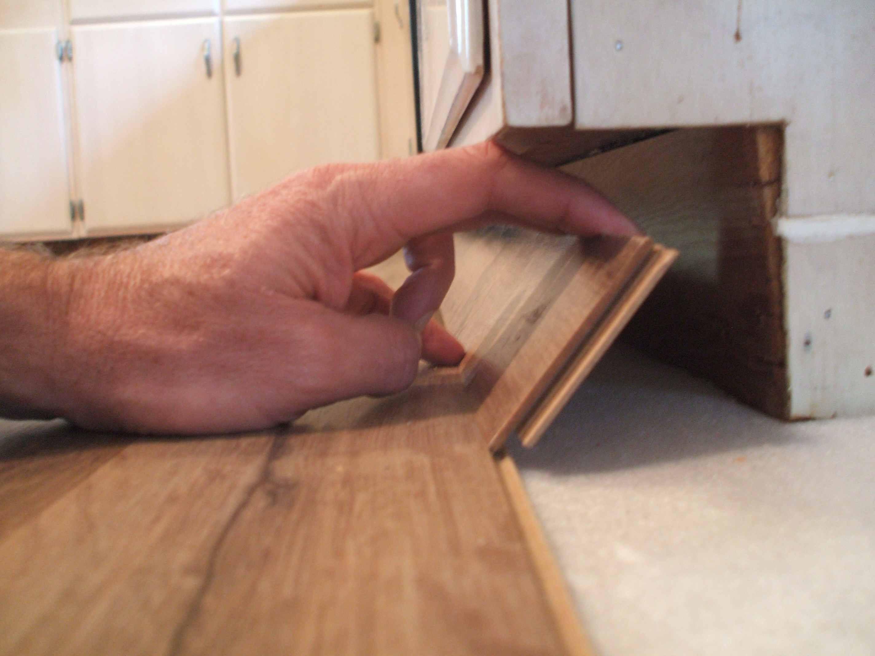 diy hardwood floor installation video of laminate flooring installation made easy intended for installing laminate laying last row 56a49e435f9b58b7d0d7ddda jpg