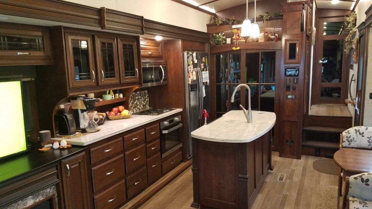 forest accents hardwood flooring reviews of jayco pinnacle 36kpts rvs for sale 2 rvs rvtrader com throughout 5bc110889981c9518d671e37