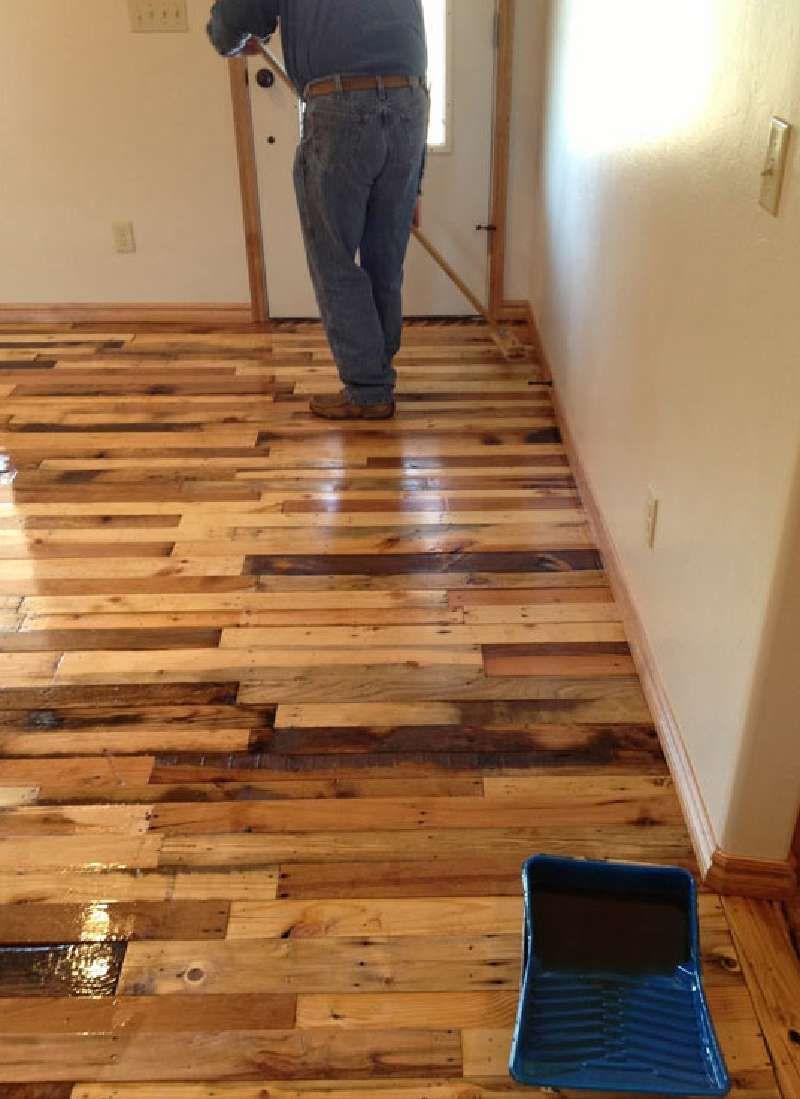hardwood floor alternatives of instructions pour paver le sol de votre maison avec des planches de regarding instructions pour paver le sol de votre maison avec des planches de palettes pallets plank and walls