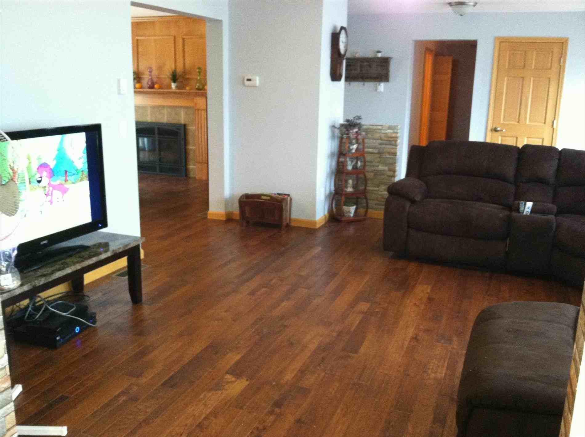 21 Elegant Hardwood Floor Bedroom