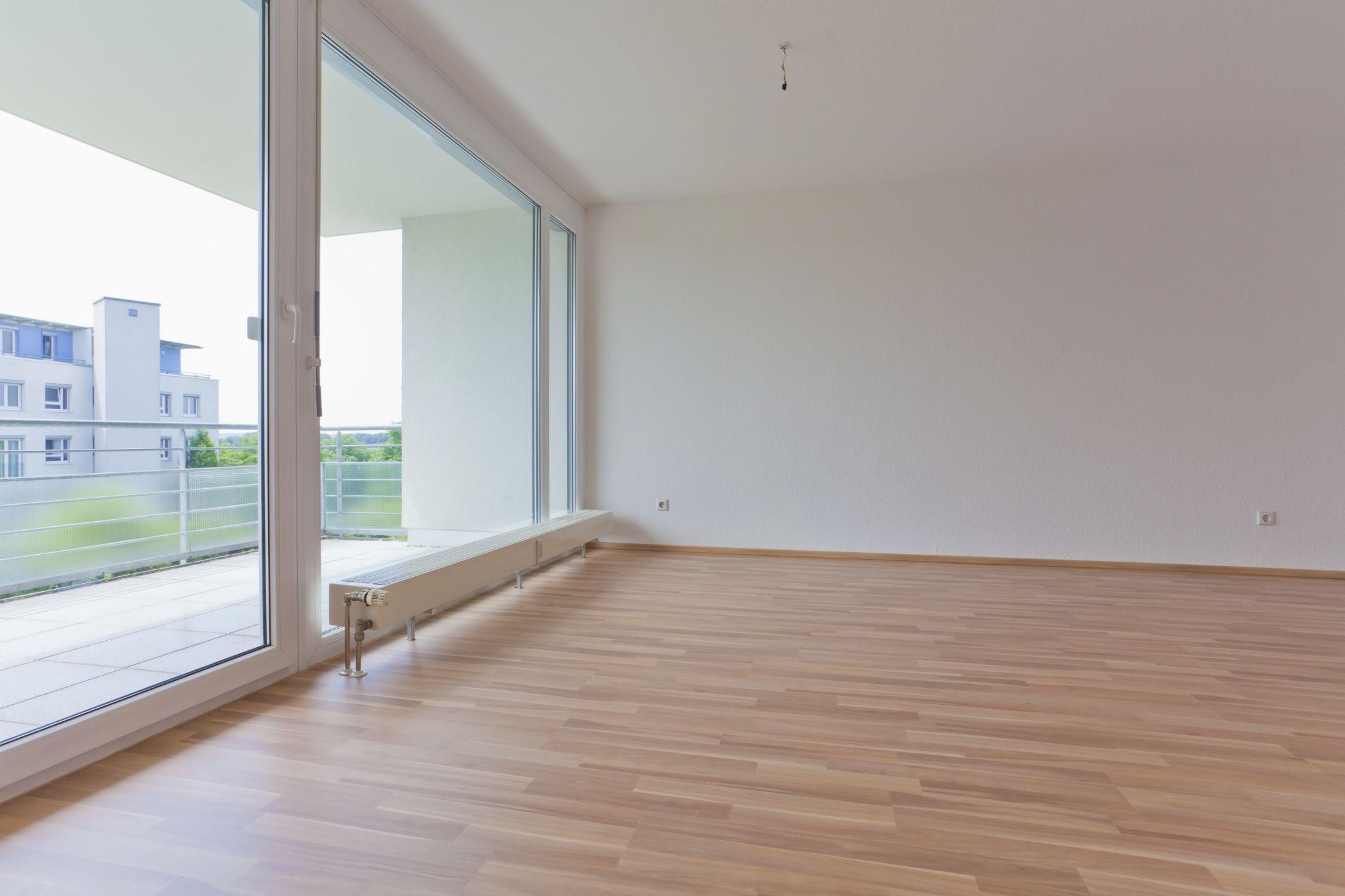 hardwood floor edge trim of its easy and fast to install plank vinyl flooring inside plank vinyl flooring 155786902 56a4a0553df78cf7728350af