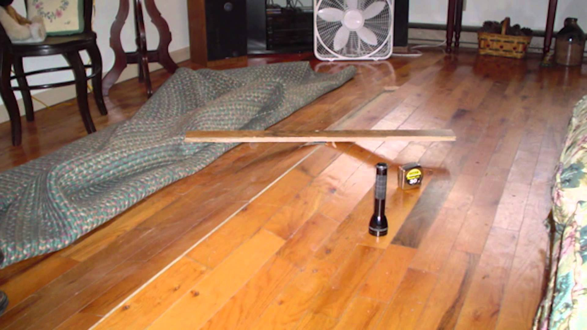 hardwood floor expansion gap of how to fix laminate flooring that is buckling floor with regard to how to fix laminate flooring that is buckling buckling hardwood floors vented crawl spaces