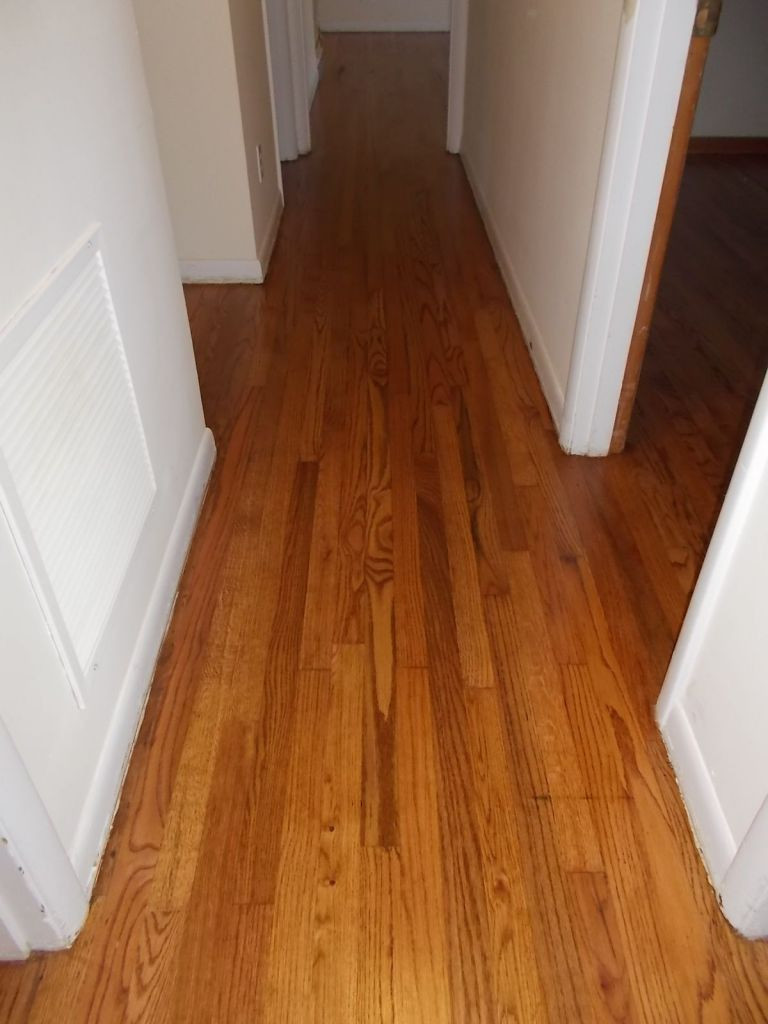 hardwood floor hallway of red oak flooring hallway red oak minwax early american satin finish for red oak flooring hallway red oak minwax early american satin finish