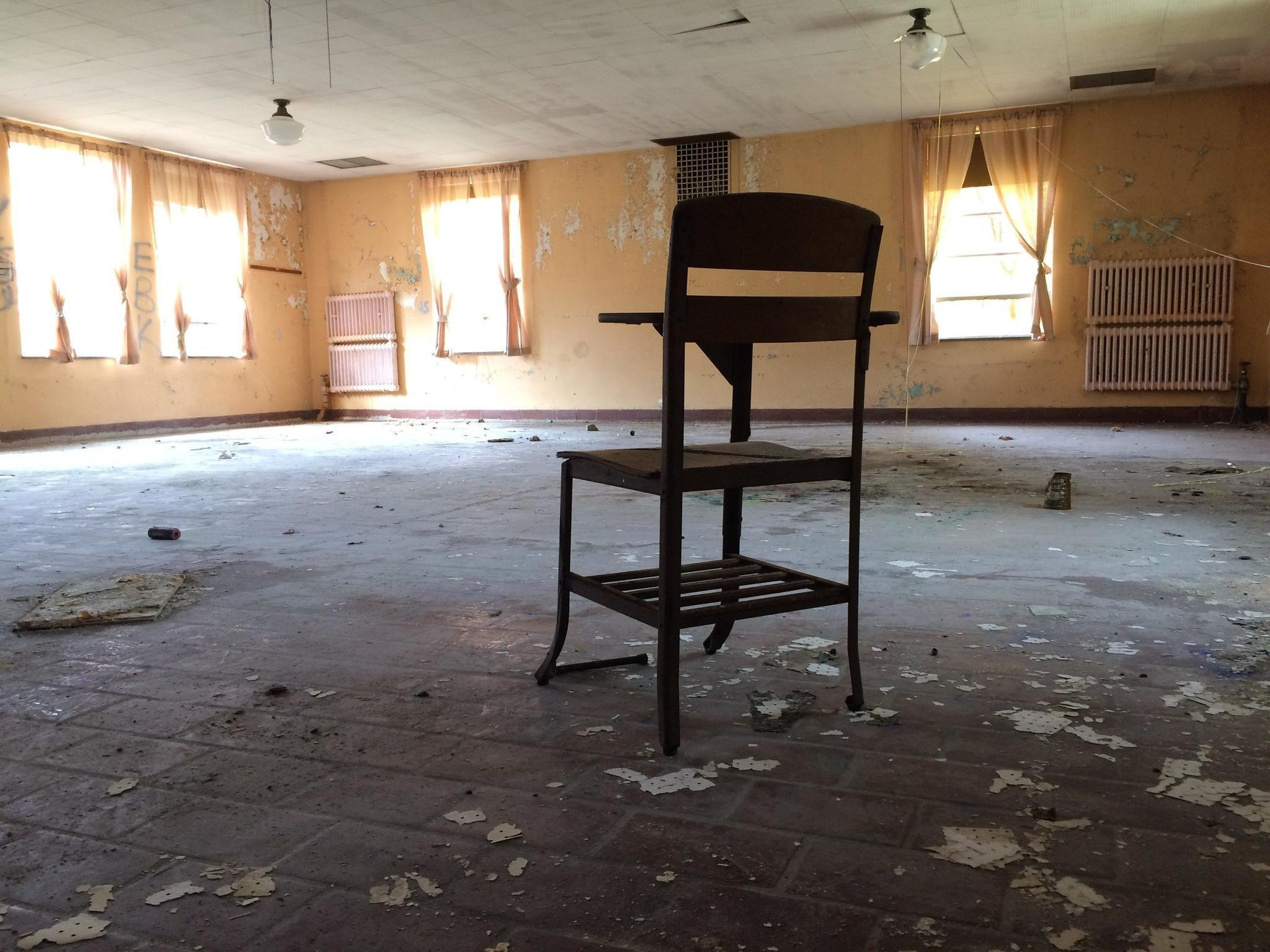 hardwood floor installation hartford ct of old uconn mental institution attracts filmmakers and the curious in old uconn mental institution attracts filmmakers and the curious hartford courant