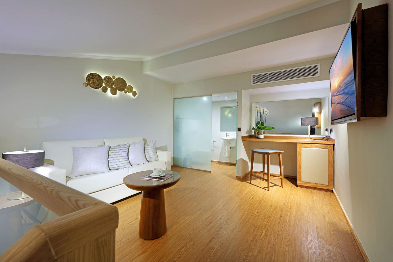 Hardwood Floor Installation Reno Nv Of Official Page Grand Palladium Punta Cana Resort Spa Inside 6016 Loft 07 Img 8383