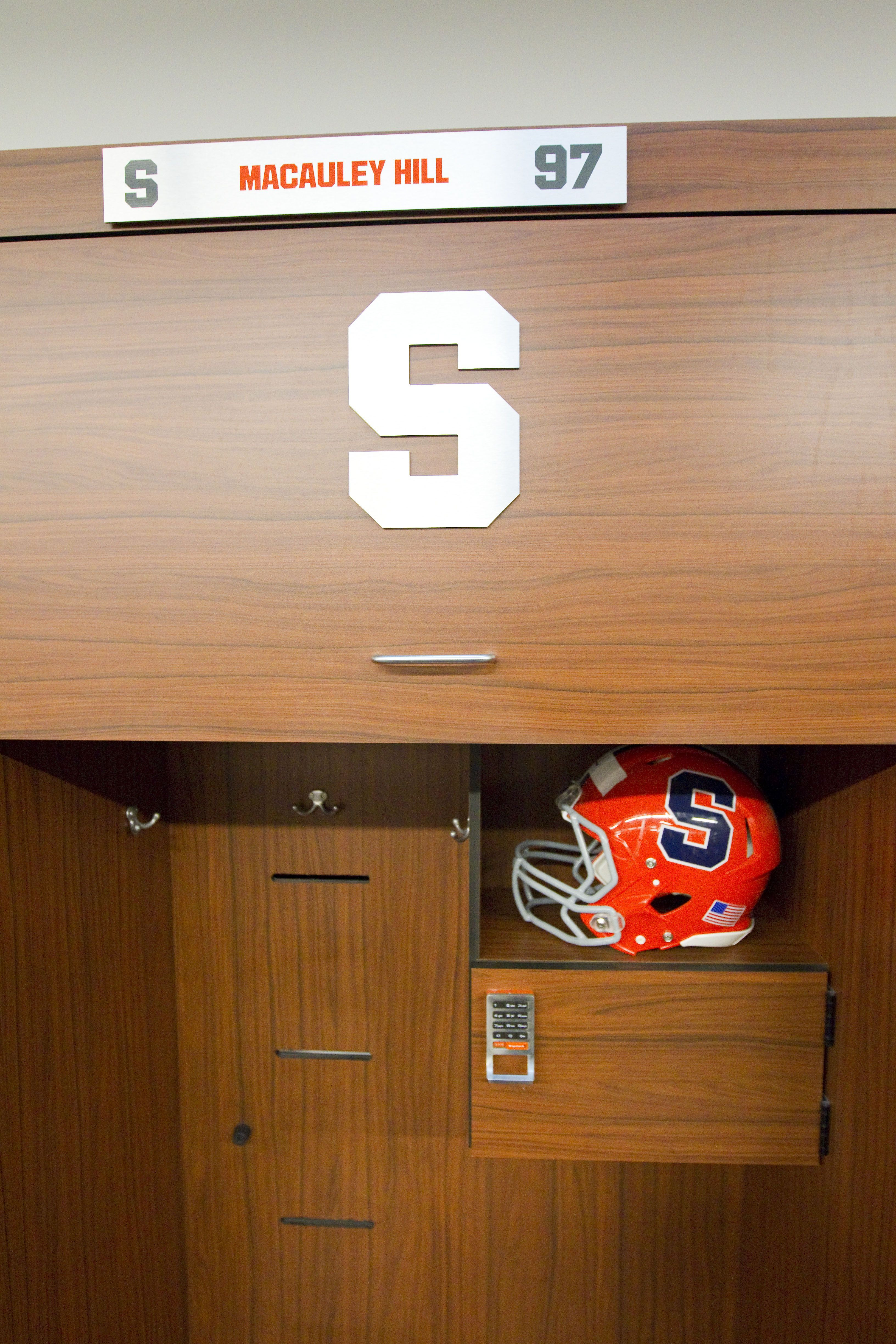 hardwood floor installation syracuse ny of syracuse university syracuse football locker room pinterest inside syracuse university