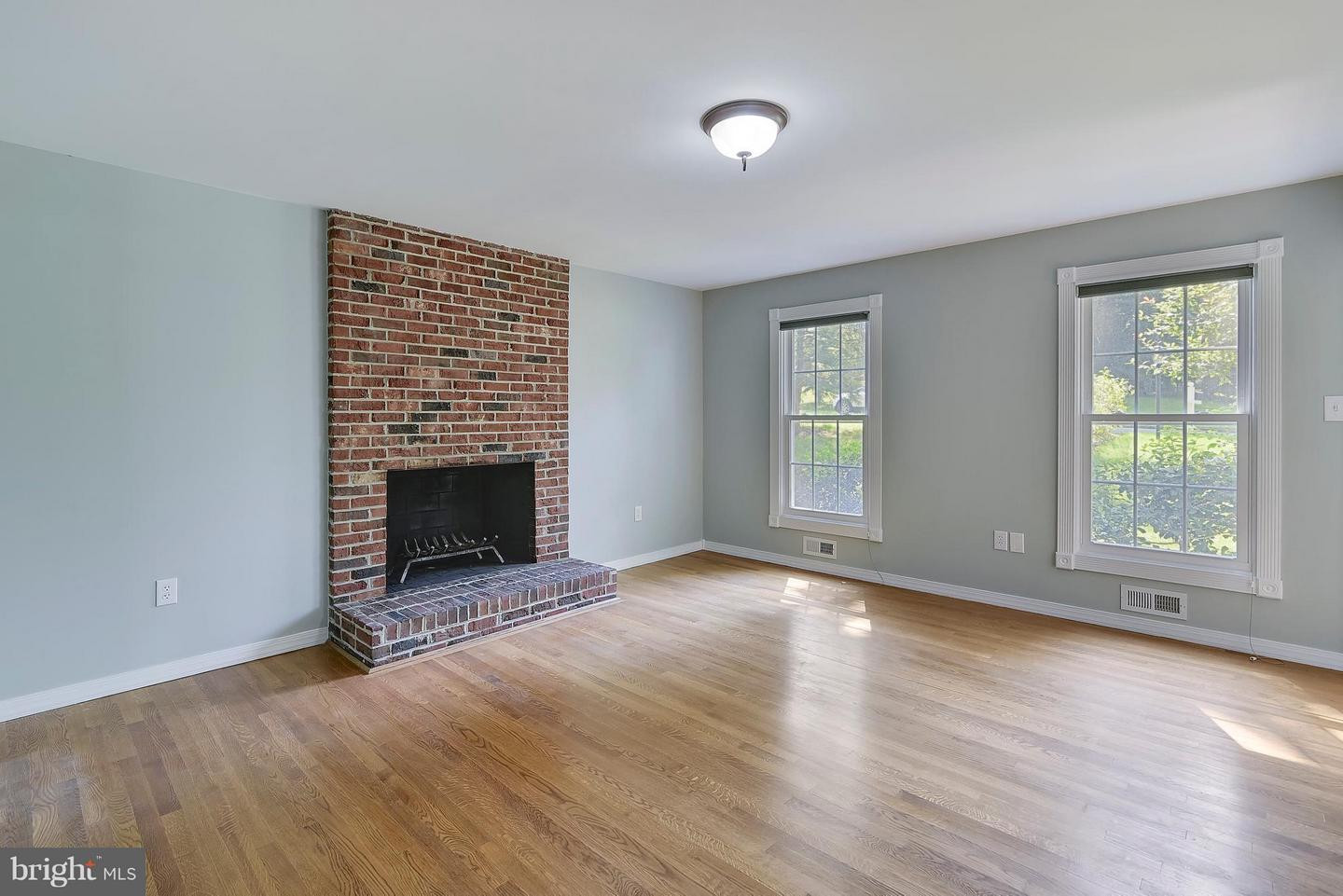 hardwood floor refinishing ellicott city md of real estate for sale 9616 verdict dr vienna va 22181 mls in view photo slide show 30 30 photo