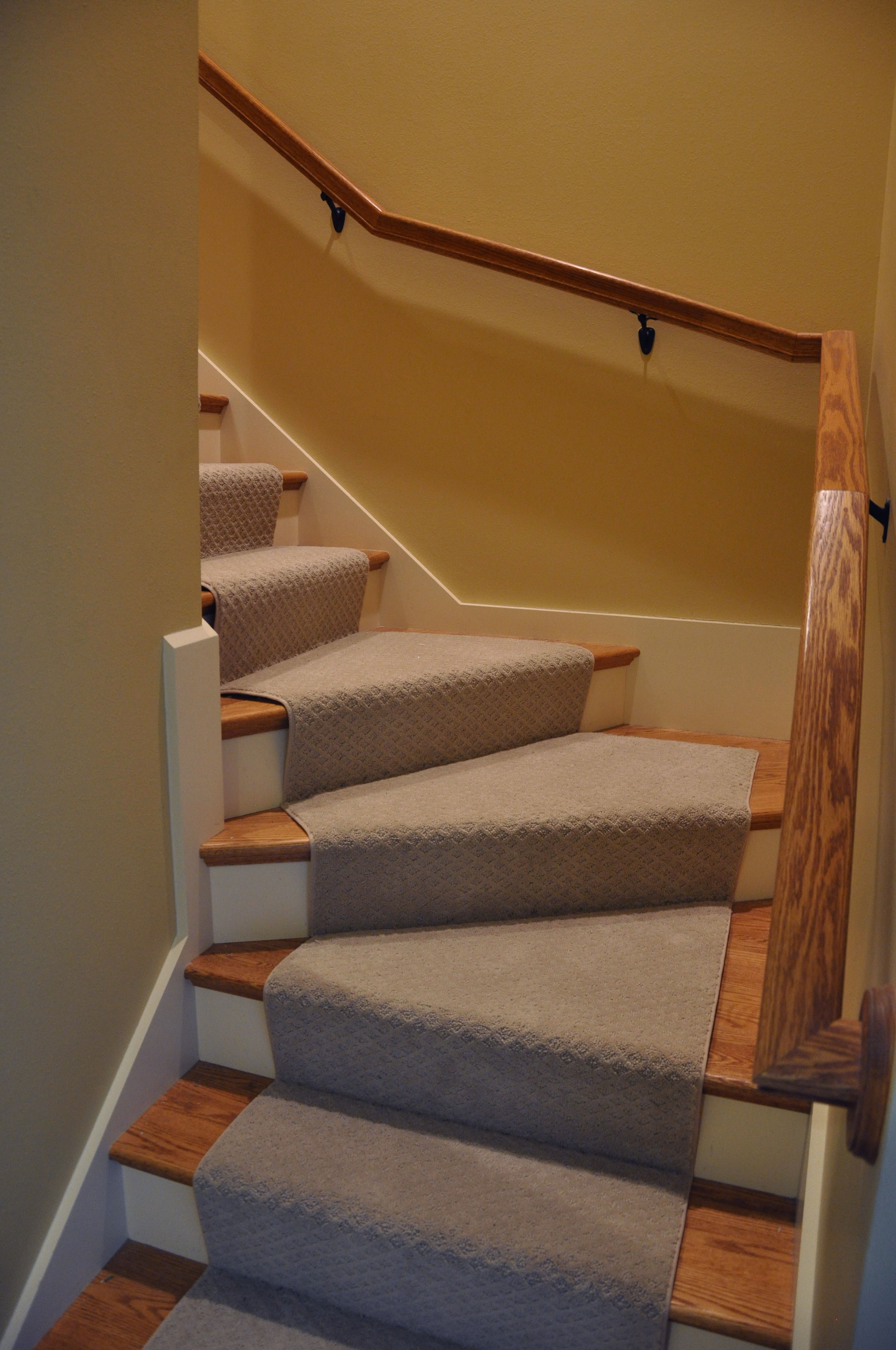 hardwood floor refinishing milwaukee of hardwood stair treads staircasing installation milwaukee wi with click image to enlarge