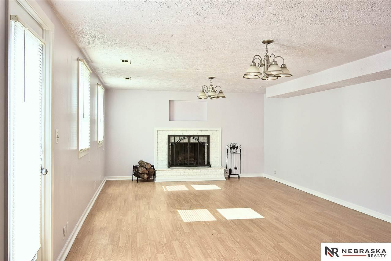 hardwood floor refinishing omaha of 7006 wood lane drive la vista 68128 berkshire hathaway home with 7006 wood lane drive la vista ne 68128