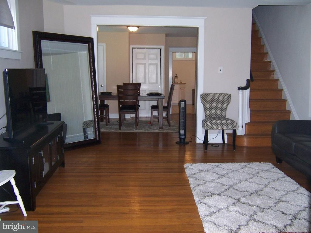 hardwood floor refinishing whitby of lansdowne homes for sale for 25