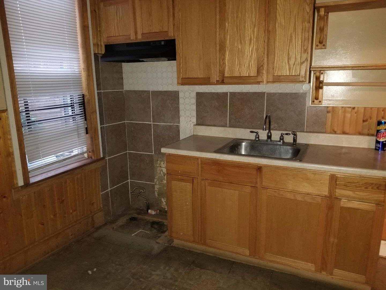 hardwood floor repair philadelphia of 2056 s frazier street philadelphia pa 19143 sold listing mls for 2056 s frazier street philadelphia pa 19143