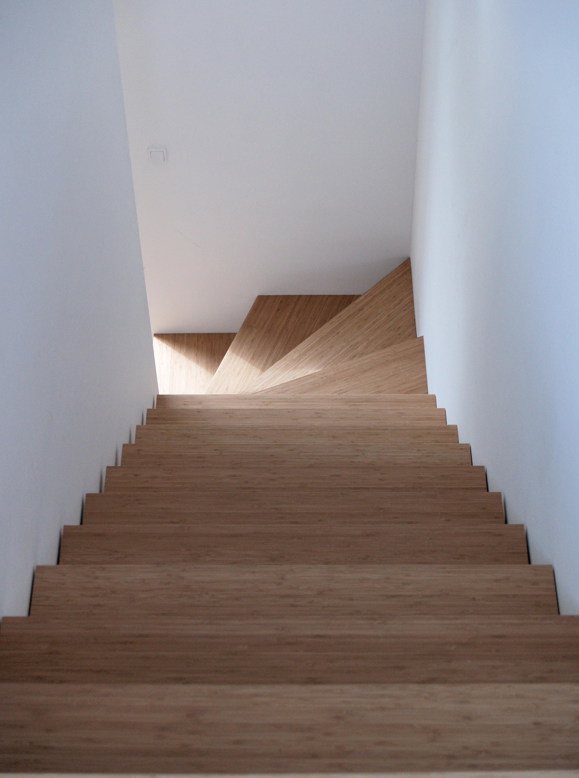hardwood floor stairs of filebbb low cost housing bamboo stairs tegnestuen vandkunsten within filebbb low cost housing bamboo stairs tegnestuen vandkunsten 2004 2008