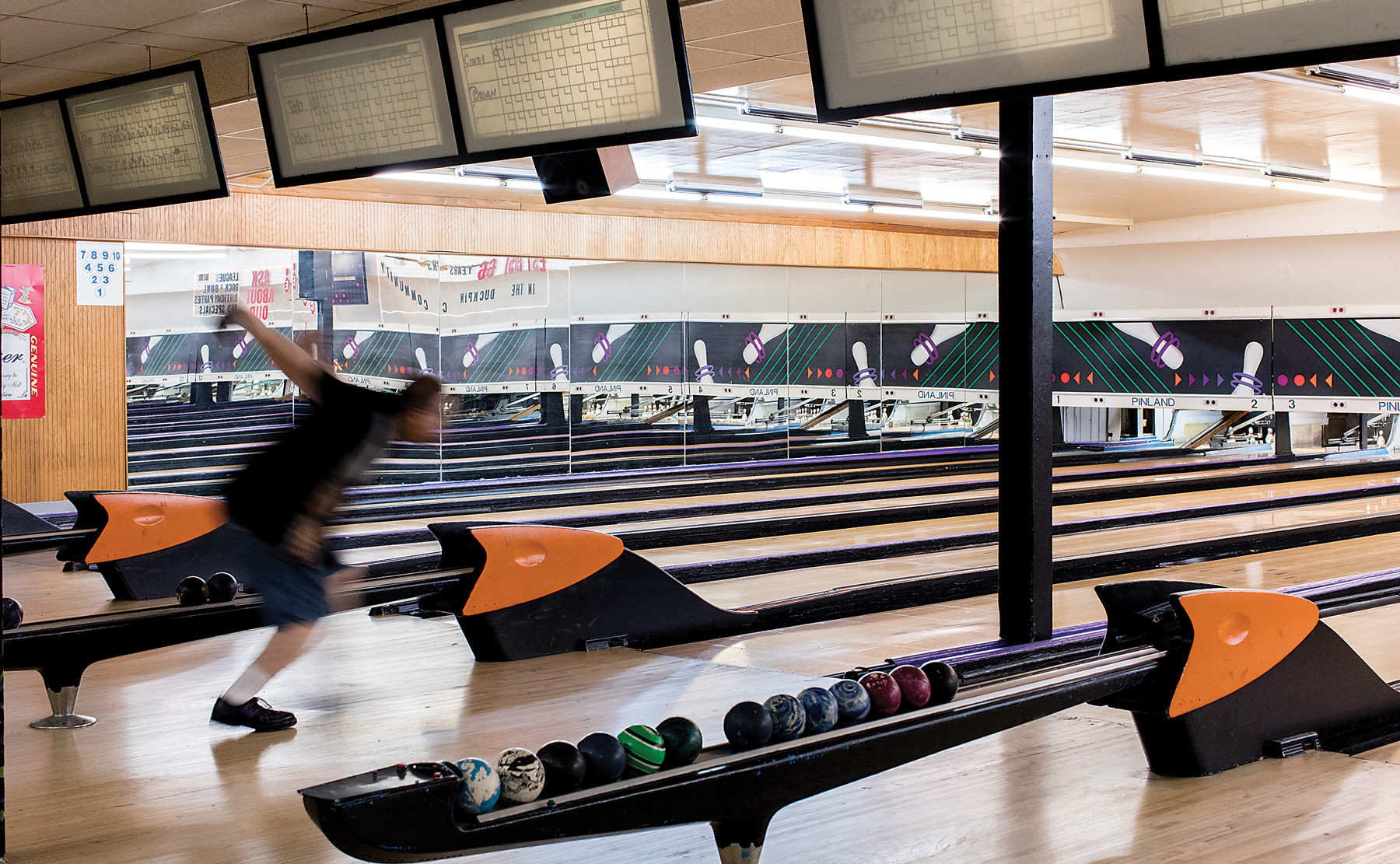 Hardwood Floor Store In Glen Burnie Md Of Duckpin Bowling In Baltimore Throughout S Marylanders Were All Familiar with the Clunking Thud Of A Small Round Ball Hitting A Hardwood Floor We Can Close Our Eyes and Hear the Clattering sound