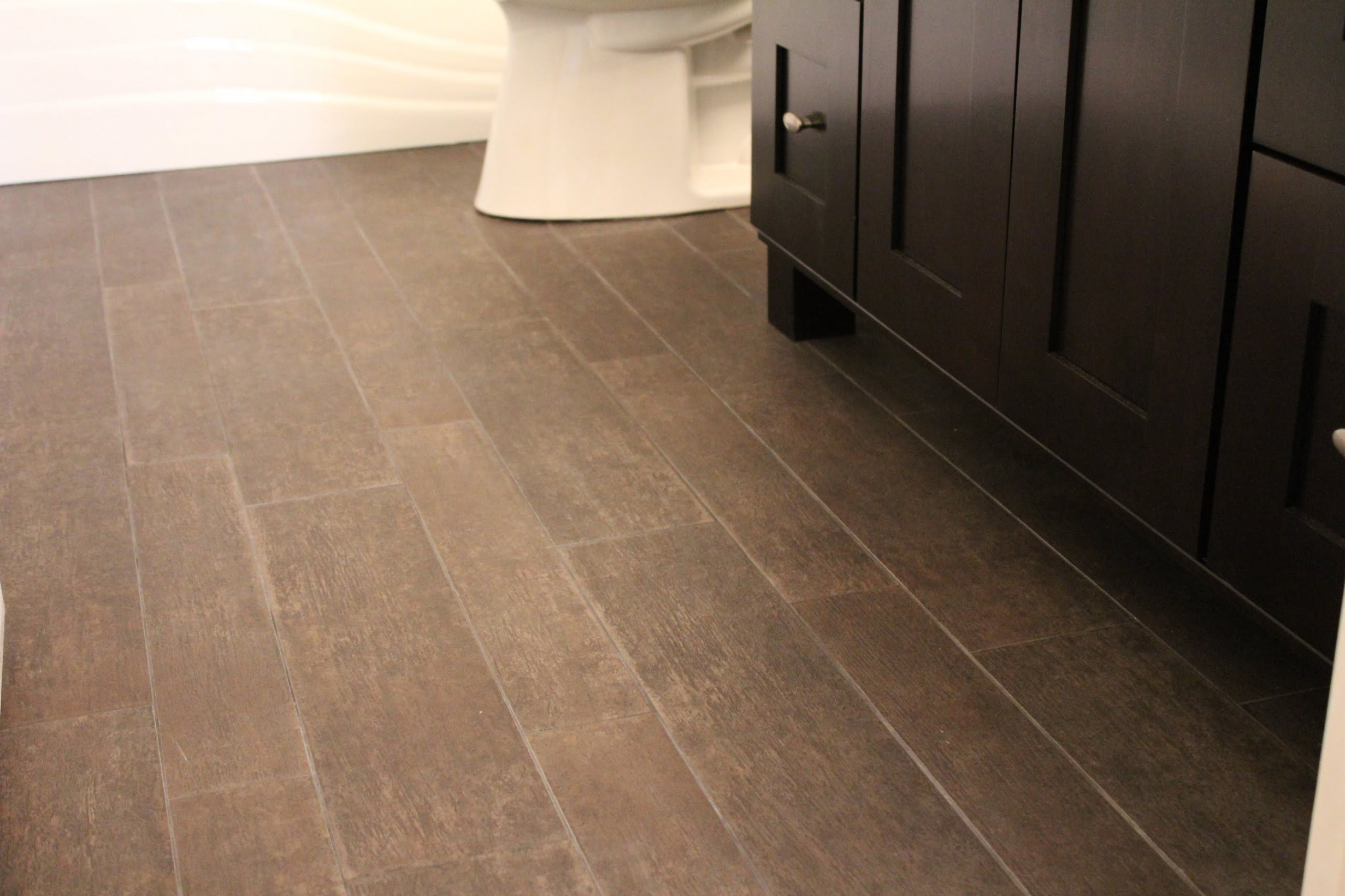 hardwood floor tile in bathroom of tile that looks like hardwood laminate floor tiles for bathroom inside tile that looks like hardwood laminate floor tiles for bathroom elegant od floor tile transition
