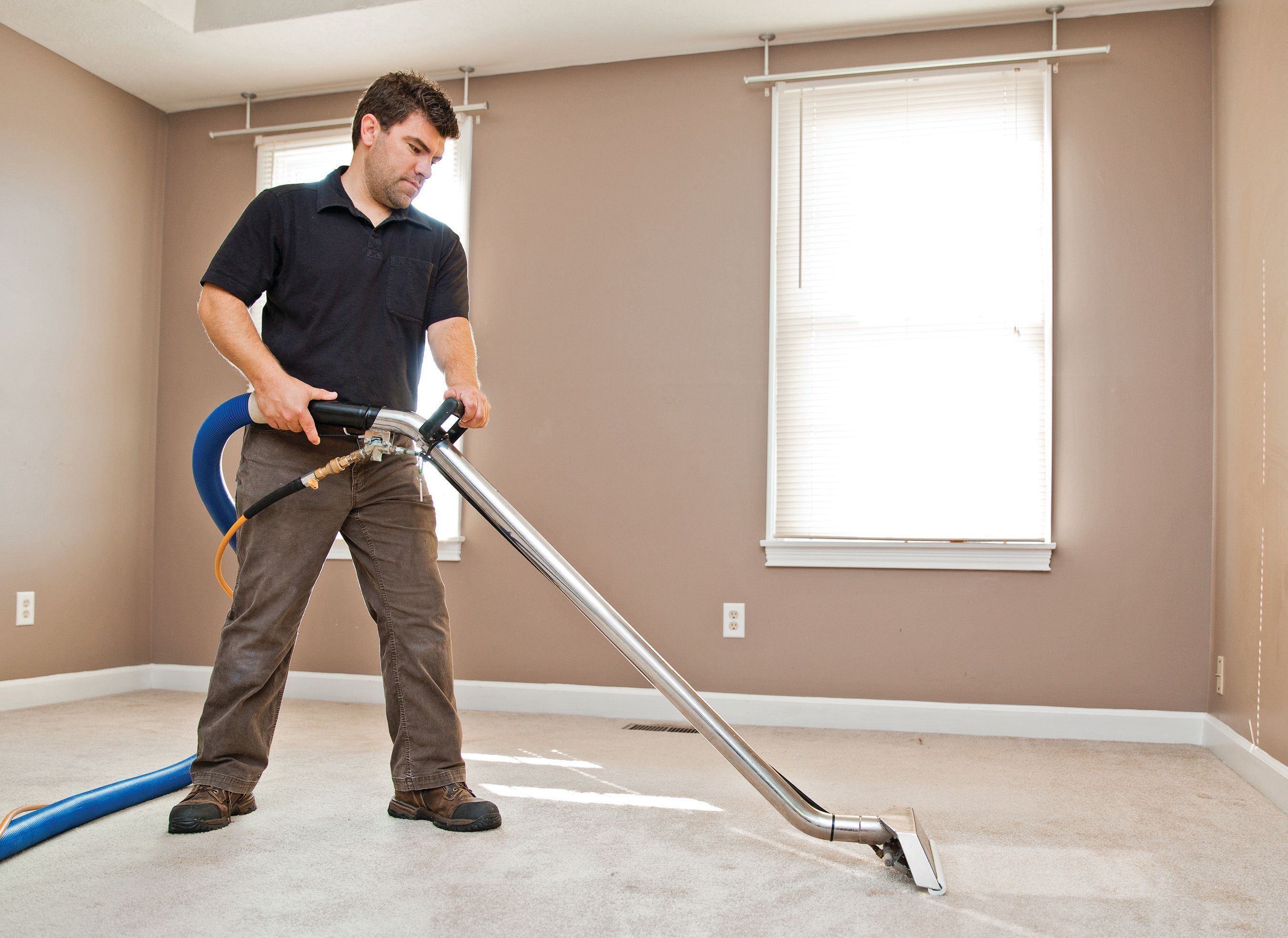 hardwood floor vacuum and cleaner of carpet cleaning expert at work carpet cleaning tips pinterest pertaining to carpet cleaning expert at work
