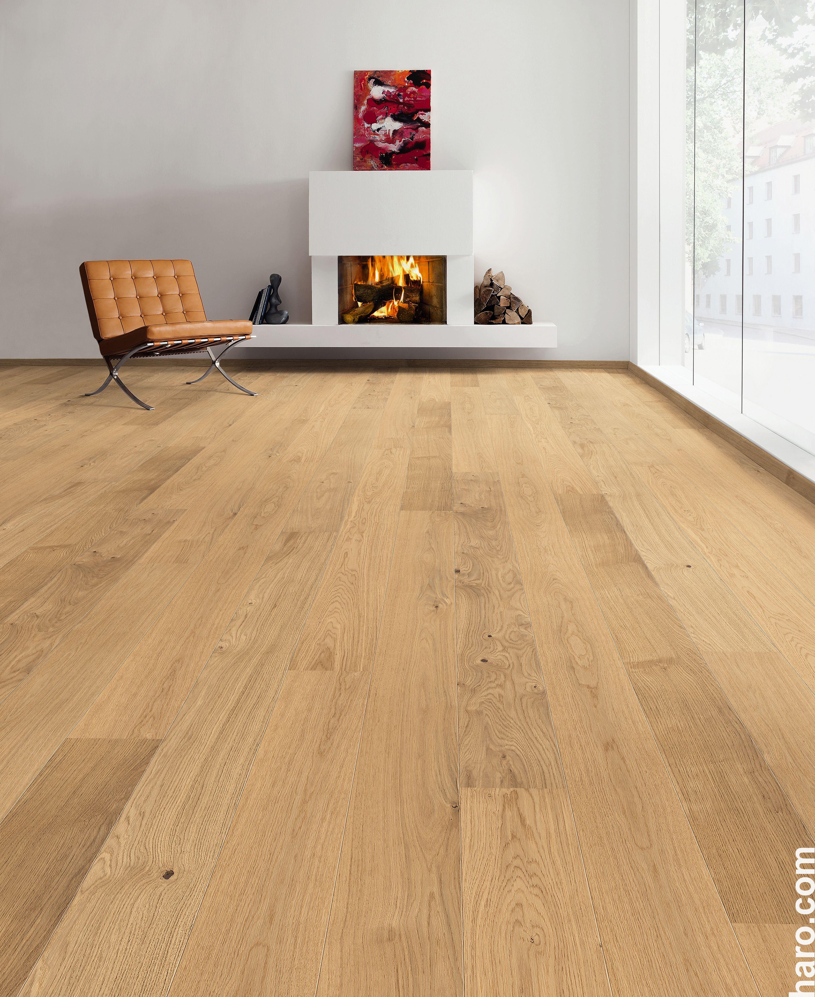 hardwood flooring 2016 of haro parkett 4000 landhausdiele 2v eiche markant strukturiert biotec in die parkett landhausdiele eiche markant strukturiert bringt wa¤rme und gema¼tlichkeit in jedes wohnzimmer parquet haro