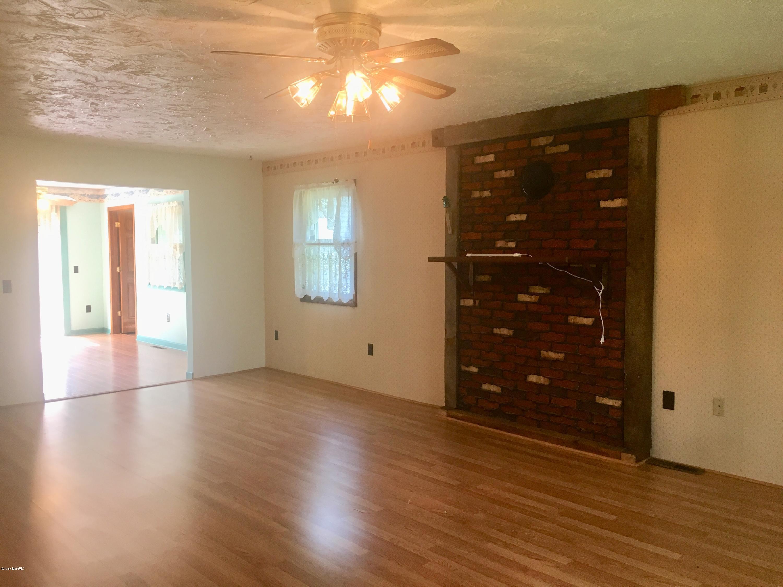 hardwood flooring bangor maine of 39462 1st avenue bloomingdale 49026 mls 18046353 jaqua realtors within 39462 1st avenue bloomingdale mi 49026