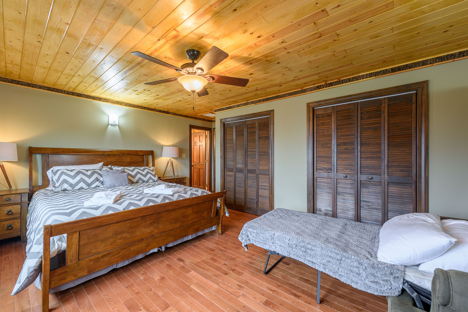 hardwood flooring boone nc of appalachian mountain lodge mountain family lodge boone family throughout 150139691