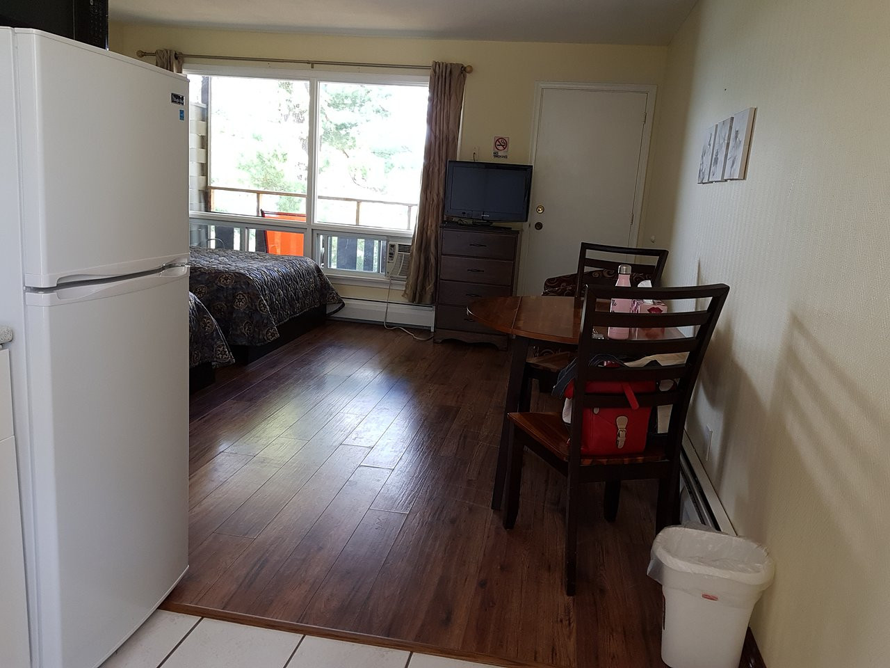 hardwood flooring hamilton ontario canada of pinedale inn muskoka district gravenhurst motel reviews photos pertaining to pinedale inn muskoka district gravenhurst motel reviews photos rate comparison tripadvisor