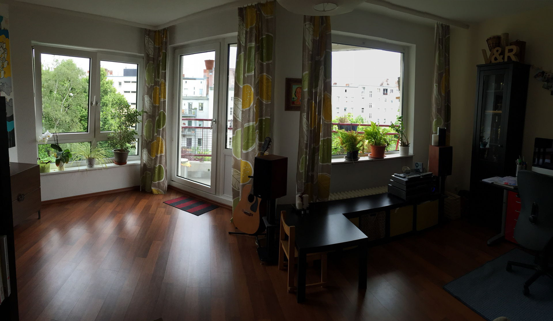 hardwood flooring hilo hawaii of family friendly 3 room flat in authentic tourist free central berlin inside living room east