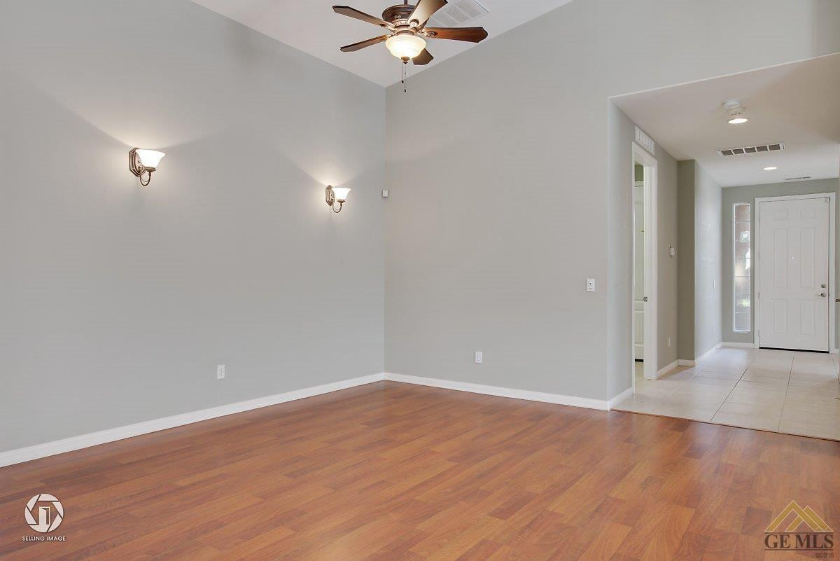 hardwood flooring in bakersfield ca of 4926 shadow stone st bakersfield ca 93313 realestate com throughout isa1f563fclq8j0000000000