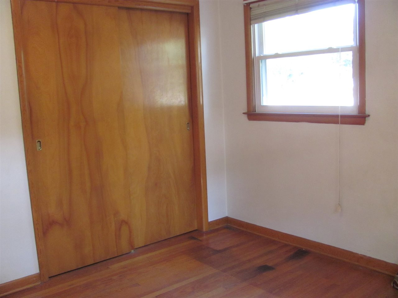 hardwood flooring in rockford il of 2331 25th st rockford il 61108 realestate com with is2n2c19sz5e7n0000000000
