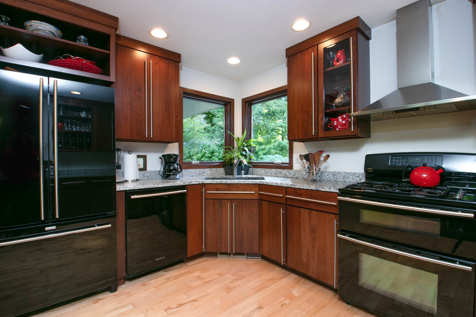 hardwood flooring in rockford il of propertyup10075979sale 1730 north mulford rockford illinois 61107 with regard to 1730 mulford rockford illinois 61107