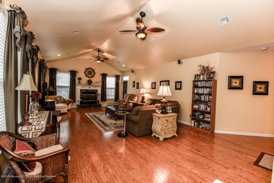 Hardwood Flooring Lakewood Nj Of 41 Enclave Blvd Lakewood Nj 08701 Realestate Com within iseg57abhcy4du0000000000