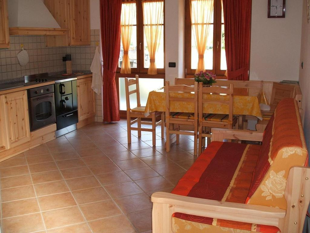 hardwood flooring quad cities of country house agritur maso talpina mori italy booking com in gallery image of this property