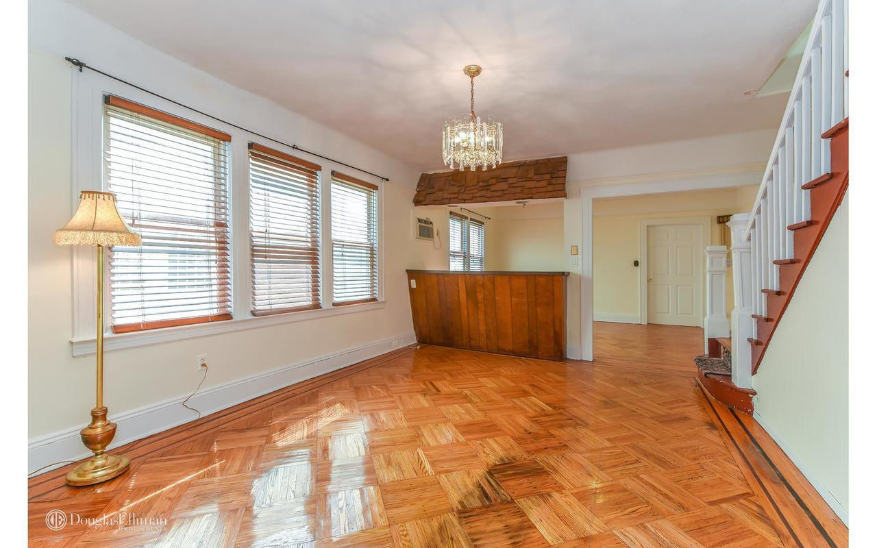 Hardwood Flooring Richmond Hill Ontario Of 111 17 115th St In south Richmond Hill Sales Rentals Floorplans with Regard to 1 Of 16