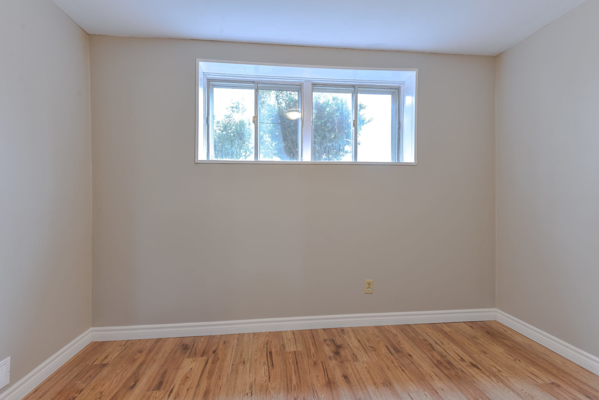 hardwood flooring sale in mississauga of 1695 sandgate crescent mississauga by kyle gouveia within 389349