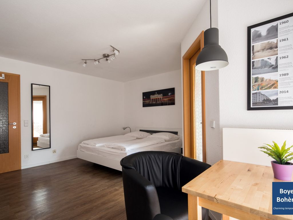 hardwood flooring under $3.00 of b1 central and quiet location in berlin mitte with high speed wifi intended for b1 central and quiet location in berlin mitte with high speed wifi