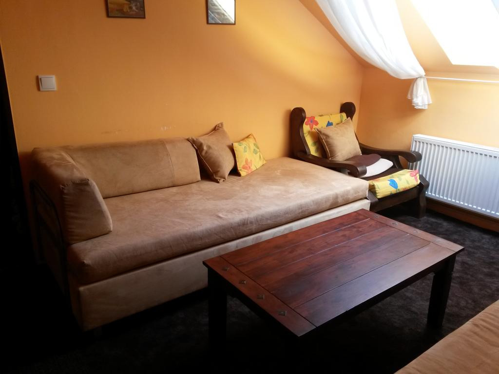 hardwood flooring under $3.00 of relax apartman buata›hrad czech republic booking com within gallery image of this property