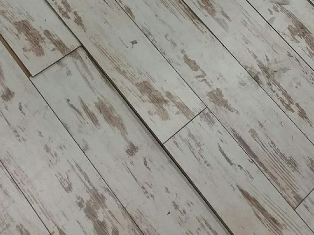 hardwood look laminate flooring of why is my floor bubbling how to fix laminate flooring bubbling issues within buckled laminate flooring