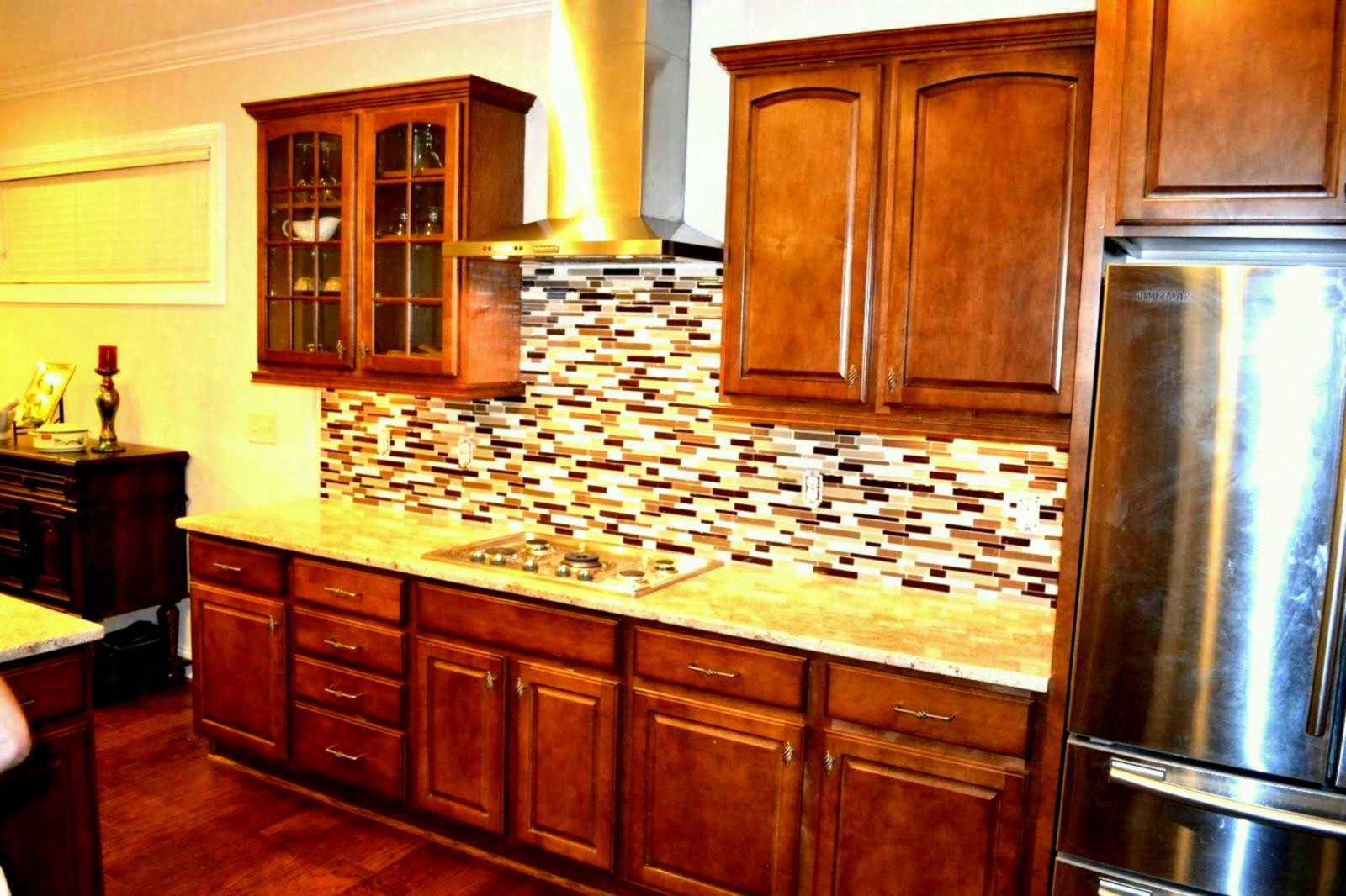 hardwood looking tile flooring of kitchen colors with light wood cabinets lovely pleasant brown intended for kitchen colors with light wood cabinets lovely pleasant brown cabinet kitchen ideas od including light glass tile