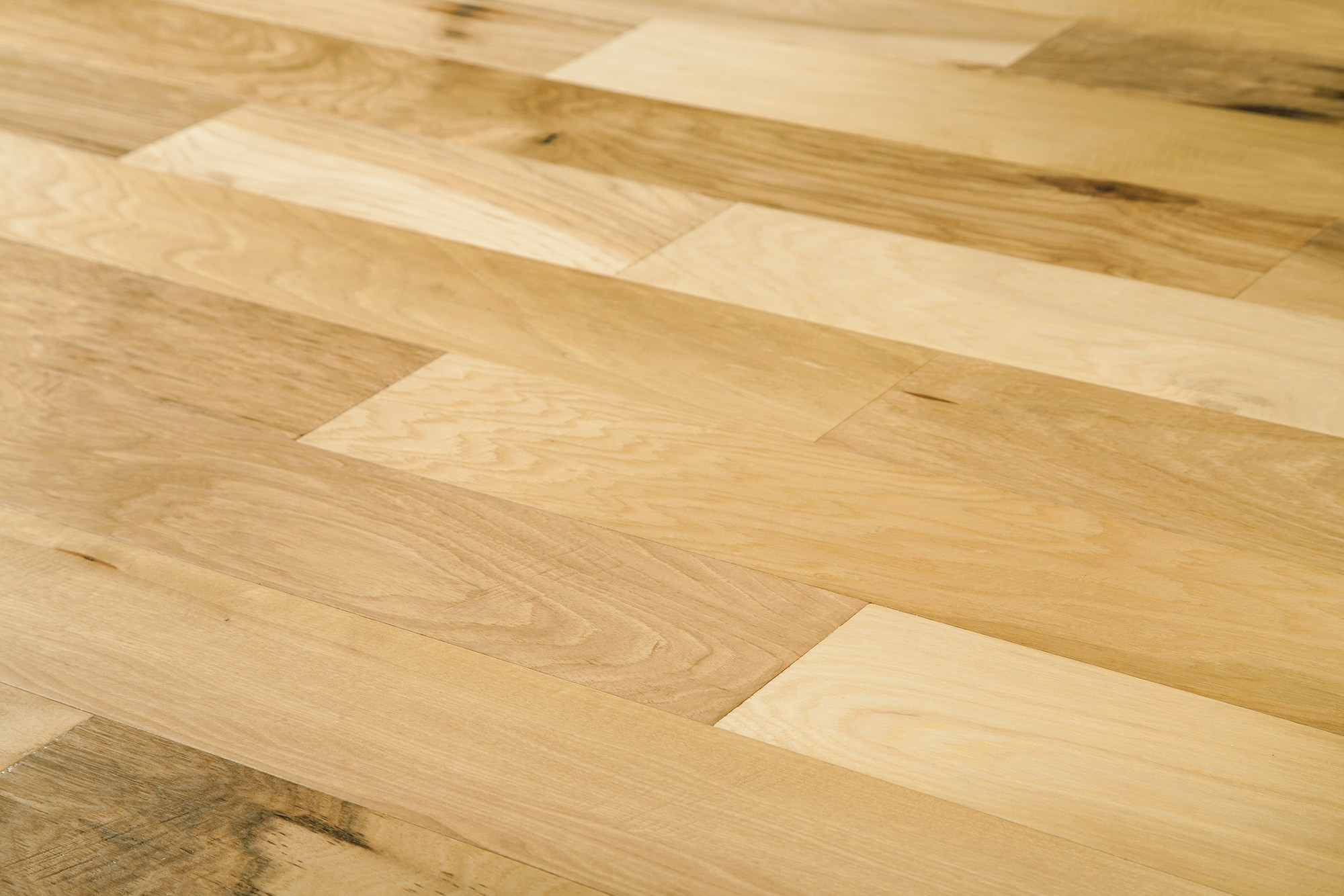 Clean Hardwood Floors with Vinegar