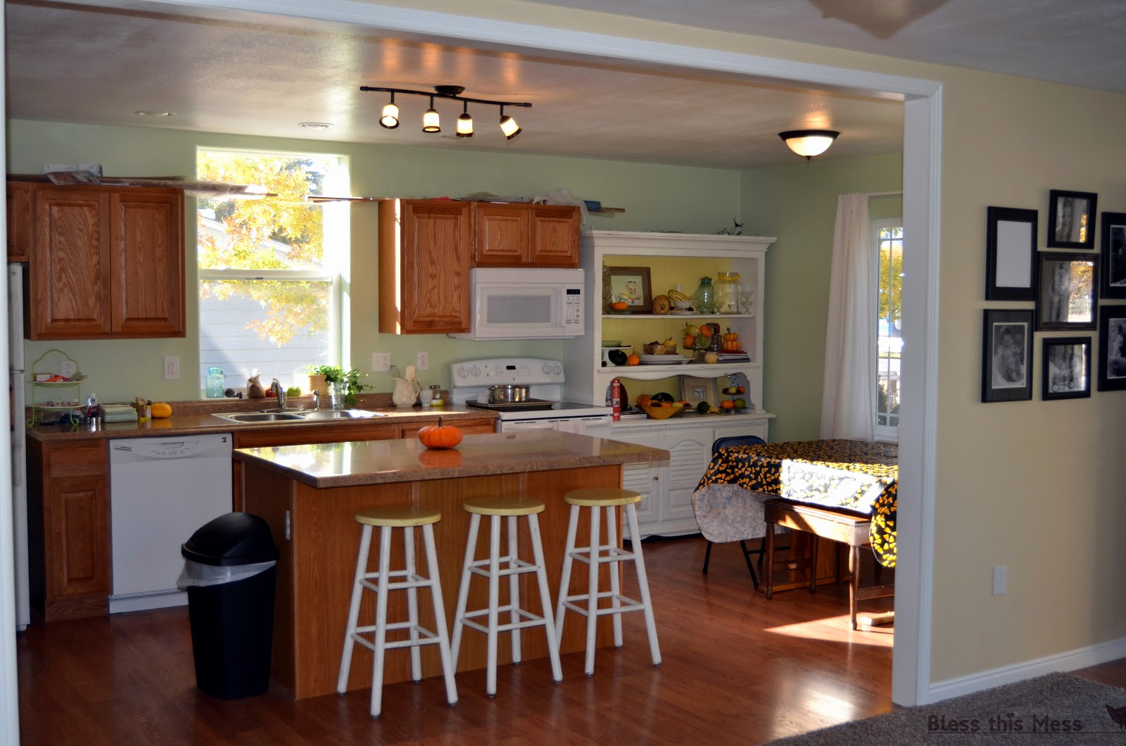 how much does labor cost to install hardwood floors of 65 best of gallery of average kitchen cabinet costs news kitchen model regarding average kitchen cabinet costs inspirational cabinet cost kitchen cabinets cabinet new installed average per
