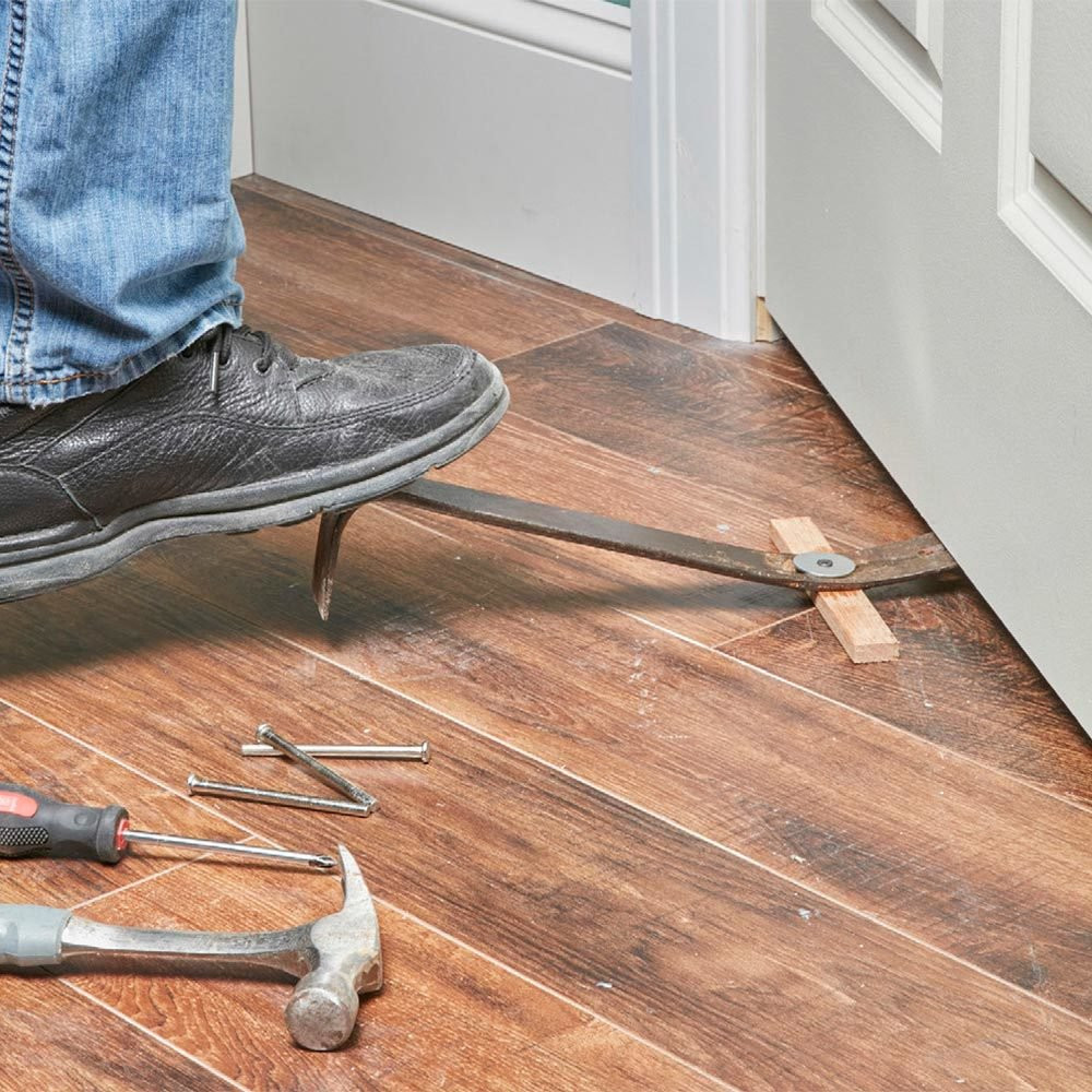 how to fix hardwood floor lifting of 65 cool tool hacks handy hints from the family handyman in lift heavy stuff with a flat pry bar