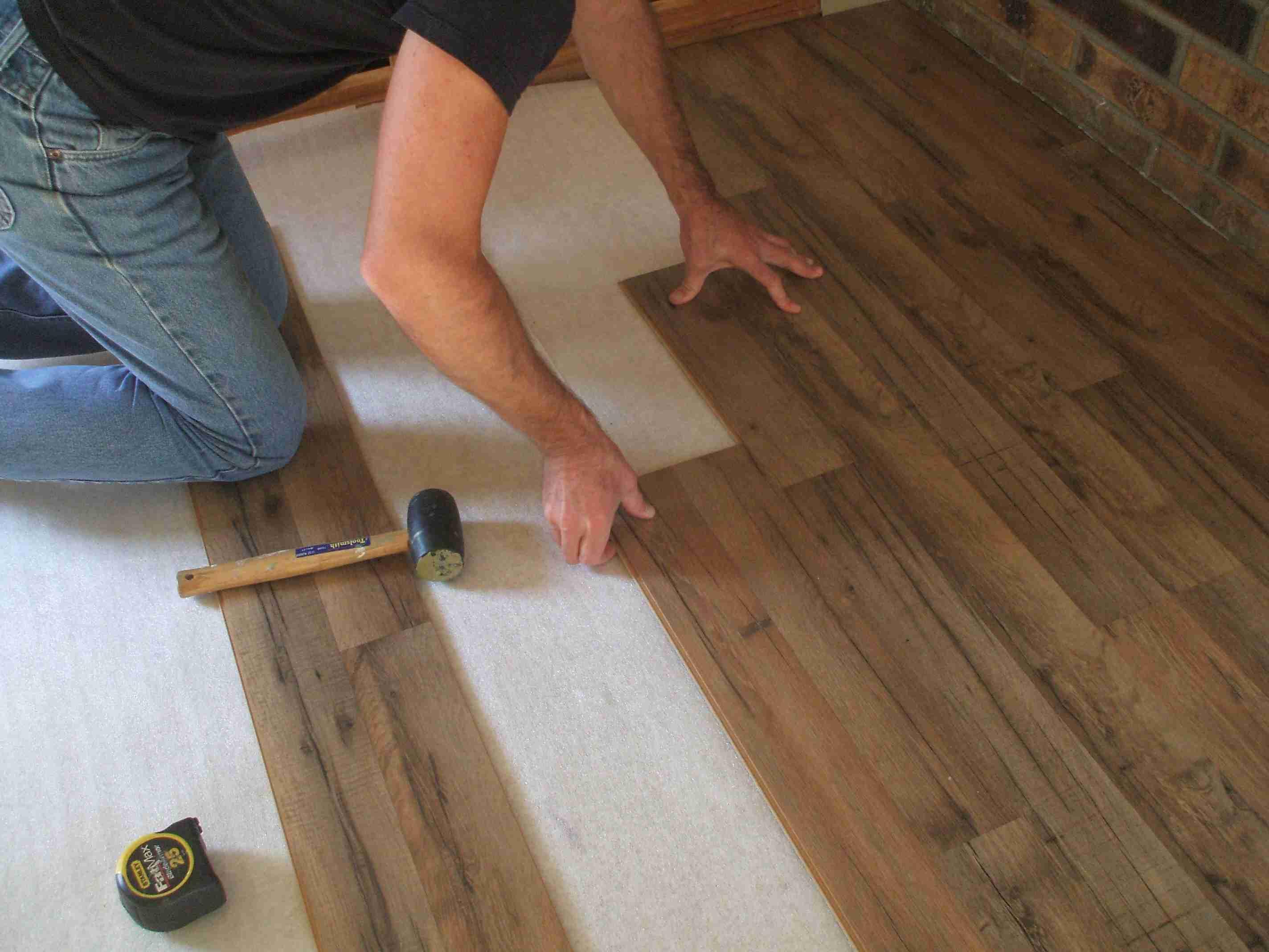 29 Stylish How To Install Floating Hardwood Floors On Concrete